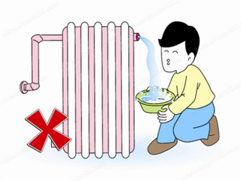 暖气片不热!该放水还是放气?