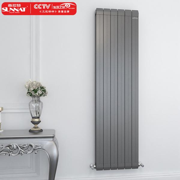 夏季散热器如何进行定期保养和维修