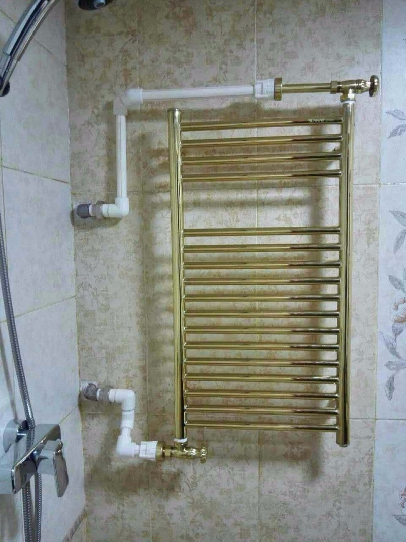 纯黄铜打造暖气片安装效果图3.jpg