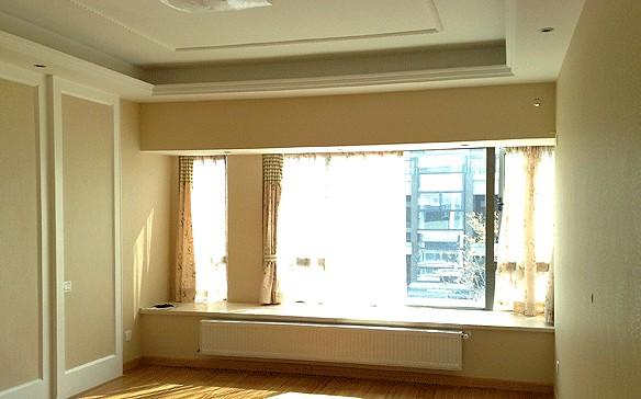 由于窗户下方墙体不够高,所以选择300高暖气片.图片